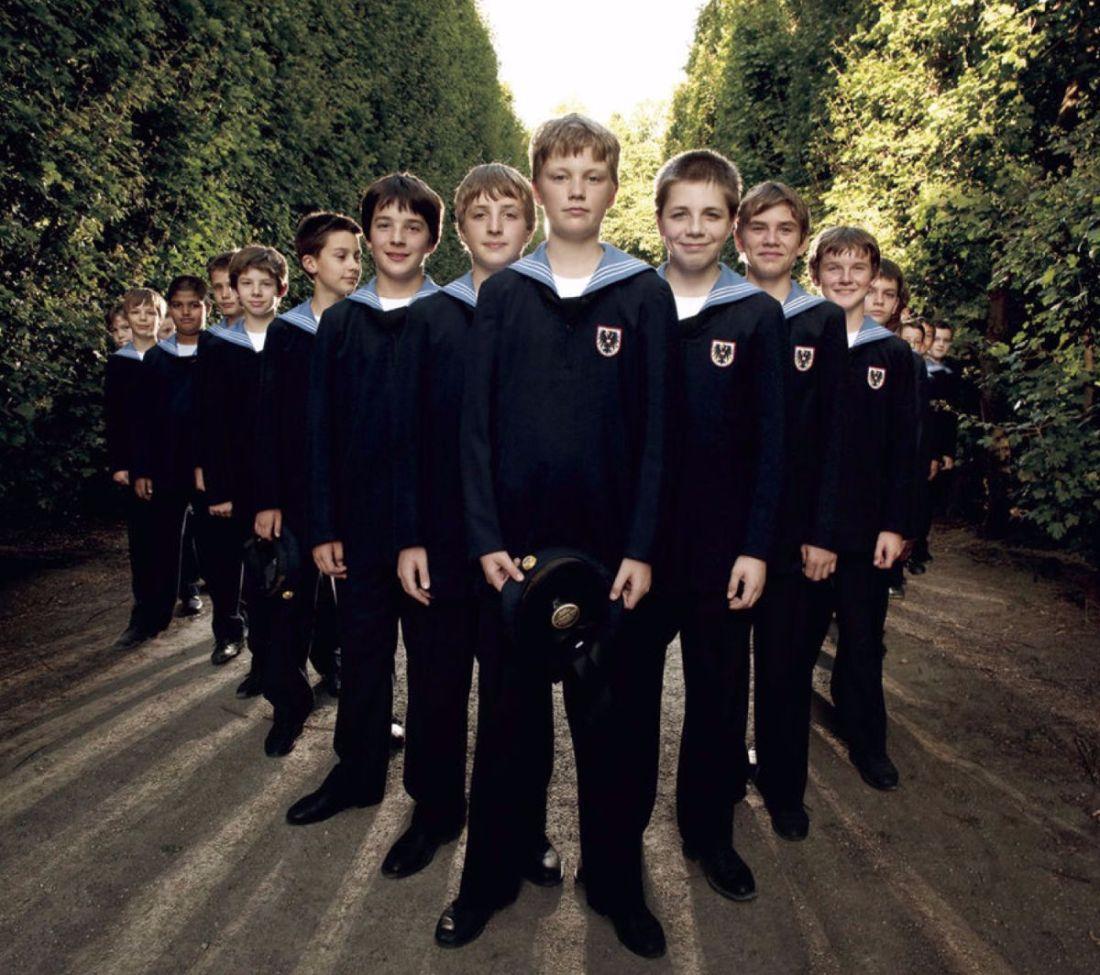 Vienna Boys Choir: Holiday